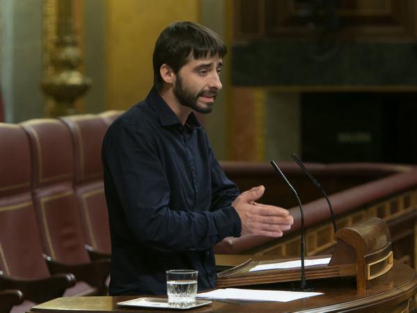 """La Izquierda de Aragón pide en el Congreso la dimisión del presidente de la CHE por la """"desastrosa"""" gestión de las riadas del Ebro"""
