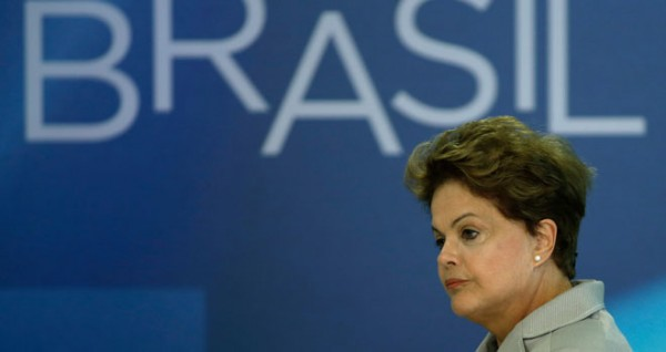 """Dilma Rousseff: """"en una democracia las urnas y la voz de las calles son respetadas"""""""