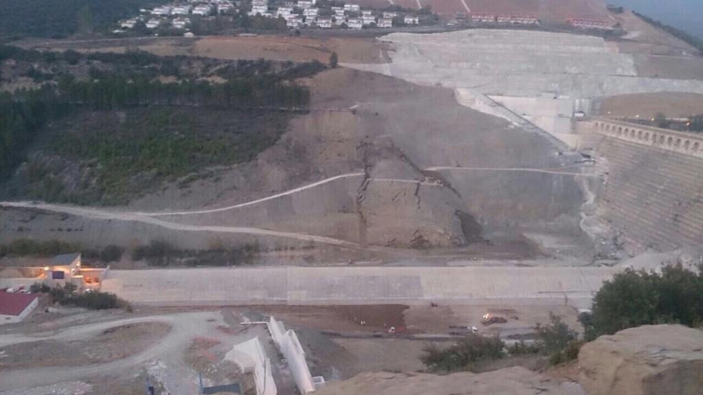 Las laderas de la presa de Yesa aumentan el movimiento