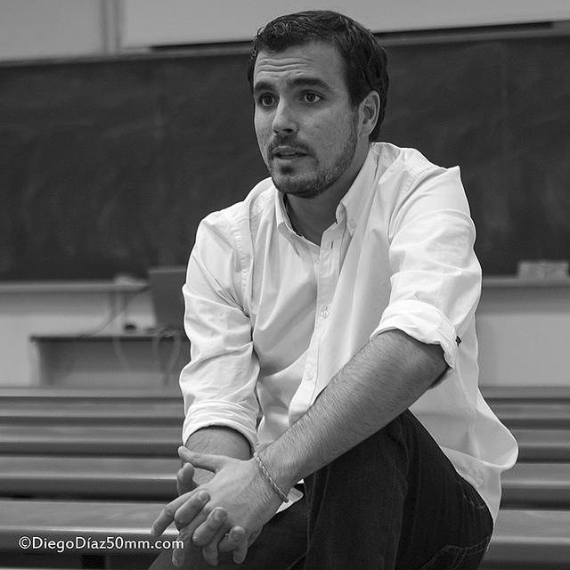 """Alberto Garzón: """"Estamos hablando demasiado de Podemos y muy poco del fenómeno social que explica el fenómeno Podemos"""""""