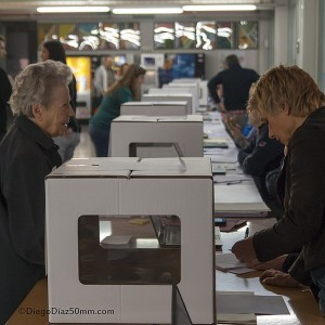 Colegio electoral el pasado 9N. Foto: Diego Díaz (AraInfo)