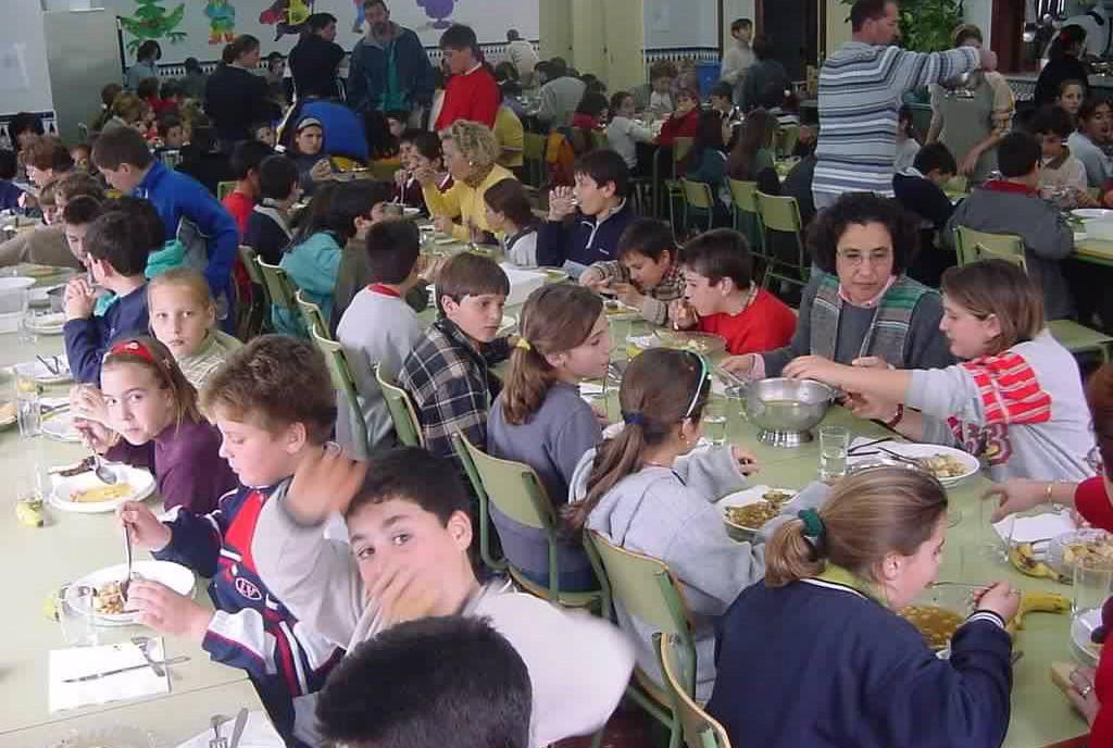CHA presenta una iniciativa para que los menús escolares sean más variados, más equilibrados y tengan opción vegana