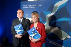 Alex Salmond y Nicola Sturgeon.