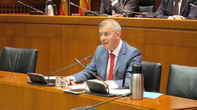 IU denuncia la incapacidad de Campoy de frenar el endeudamiento de Aragón