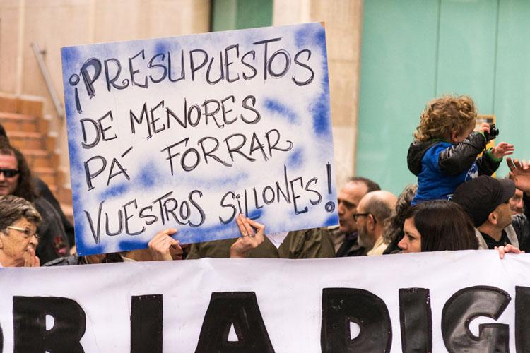 La plantilla del COA se concentrará para recordar a Cristina Gavín su responsabilidad en la protección de menores