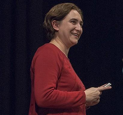 Conversaciones con Ada Colau y Tania Sánchez en 'Voces por el cambio'