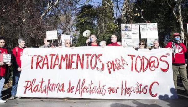 Afectados por la Hepatitis C se querellarán contra la exministra Ana Mato