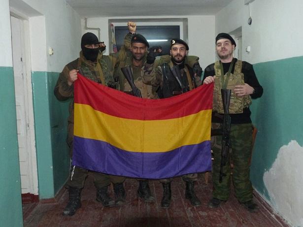 Detenidos ocho voluntarios antifascistas que viajaron a Ucrania