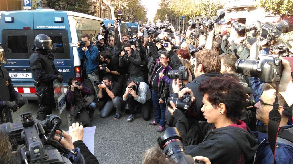 Miles de personas protestan contra la «ley mordaza» impuesta por el PP