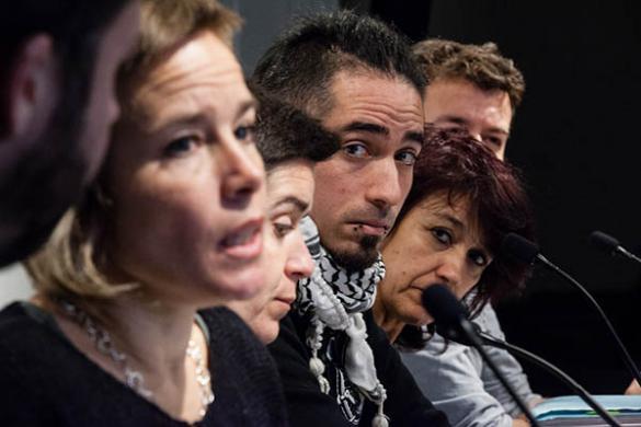 El Parlament insta a la fiscalía a revisar el caso 4F y al Ayuntamiento de Barcelona a hacer una investigación interna