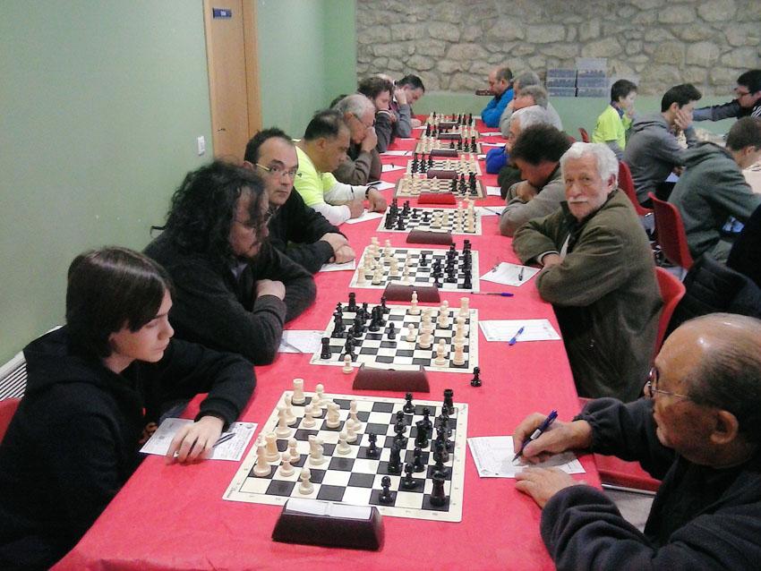 El Baix Segre de Mequinensa gana al Ponts en la primera ronda en la preferente leridana de la Liga Catalana de Ajedrez