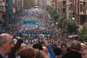 Manifestación convocada en 2013 en Bilbo en apoyo a los presos y presas vascas.