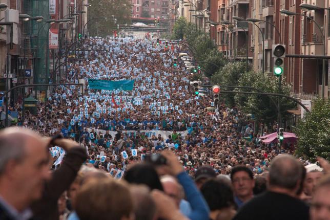 250 autobuses llegarán el sábado a Bilbo para la manifestación por los presos y presas vascas
