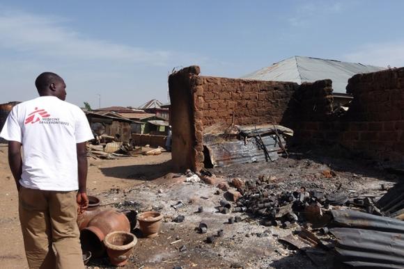 Nigeria: dos médicos para medio millón de desplazados