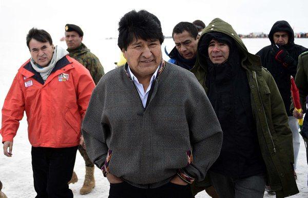 """Evo Morales: """"Tenemos la obligación de acabar con el capitalismo y el imperialismo"""""""