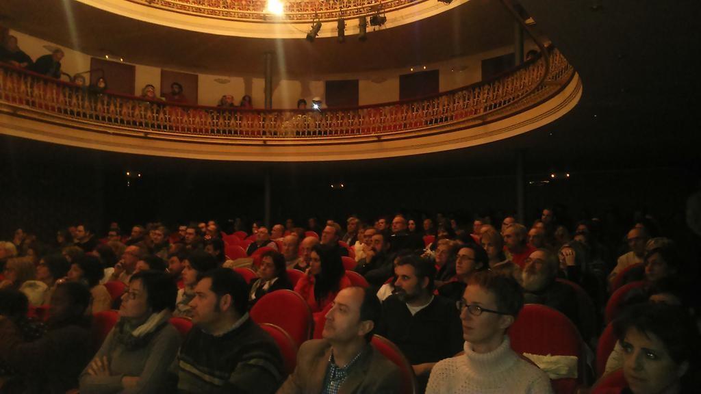 """Ganemos Alcanyiz reúne a más de 200 personas en la presentación de su """"proceso de programa participativo"""""""