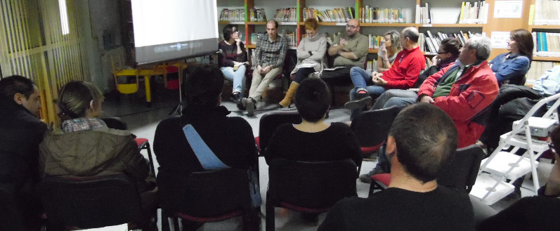 Tres listas optan a liderar Podemos Aragón