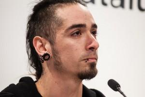 Rodrigo Lanza no ha podido evitar las lágrimas al recordar los hechos. Foto: Enric Català (La Directa)