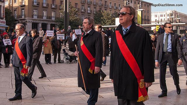 Belloch se da de baja en el PSOE y toma posesión de su plaza como juez
