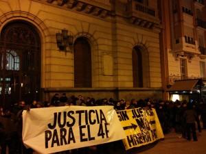 Concentración en Zaragoza. Foto: Kanibal Esmiz