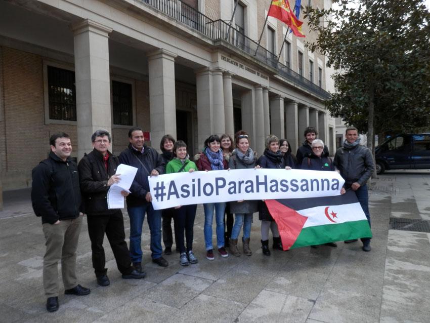 Una quincena de organizaciones aragonesas entregan una carta a Interior exigiendo asilo político para Hassanna Aalia