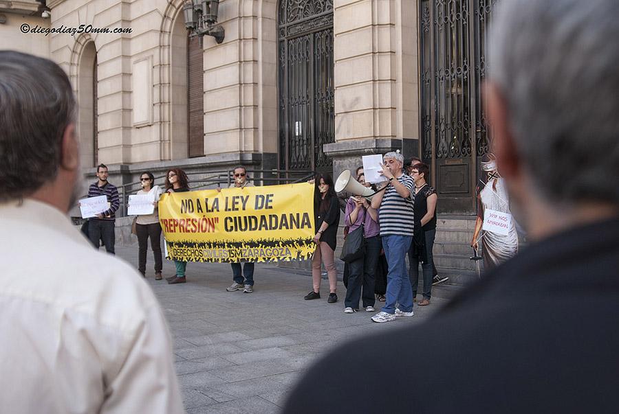 Derechos Civiles prepara una movilización en Zaragoza contra la entrada en vigor de las leyes mordaza
