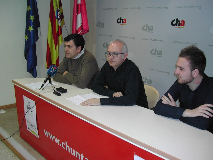 """CHA presenta en Uesca su proyecto ARAtren como """"un modelo más eficiente de transporte público"""""""