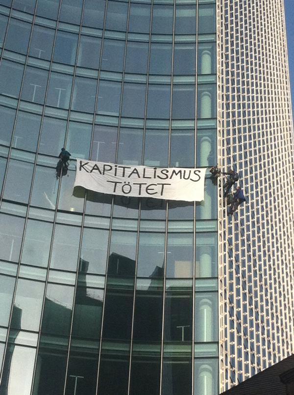 Masivas protestas ante la apertura de la sede del BCE en Frankfurt