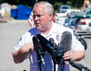 El jefe de policía Thomas Jackson en la rueda de prensa que anunciaba su dimisión.