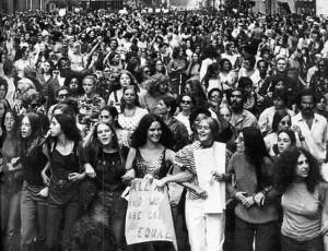 Marcha del 8 de marza por las calles de Nueva York en 1.970