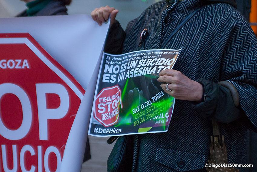 PAH Zaragoza denuncia el «suicidio-asesinato» de Miren tras la denegación de la reestructuración de su deuda