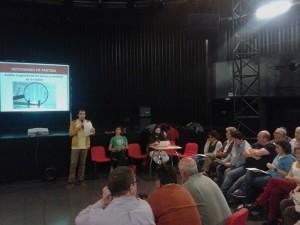 Este jueves tuvo lugar una asamblea en el CC Delicias. Foto: ZeC