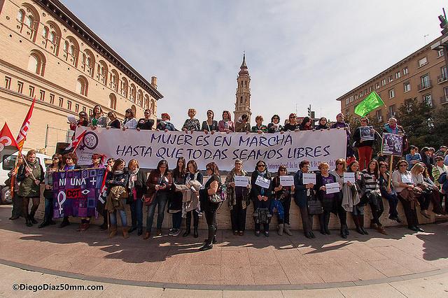 """Crónica de la manifestación del 8 de marzo en Zaragoza: """"Mujeres en marcha hasta que todas seamos libres"""""""