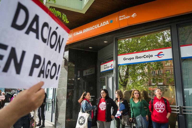 La PAH Zaragoza convoca una concentración en la sede de Ibercaja