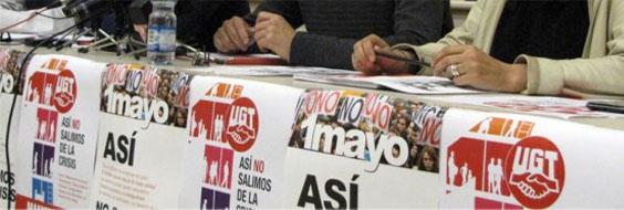 """CCOO y UGT reivindican """"un cambio en las políticas del gobierno del PP"""""""