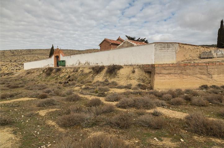 Lanzan un proyecto de autofinanciación para la exhumación en Velilla de Jiloca ante la nula ayuda de la administración