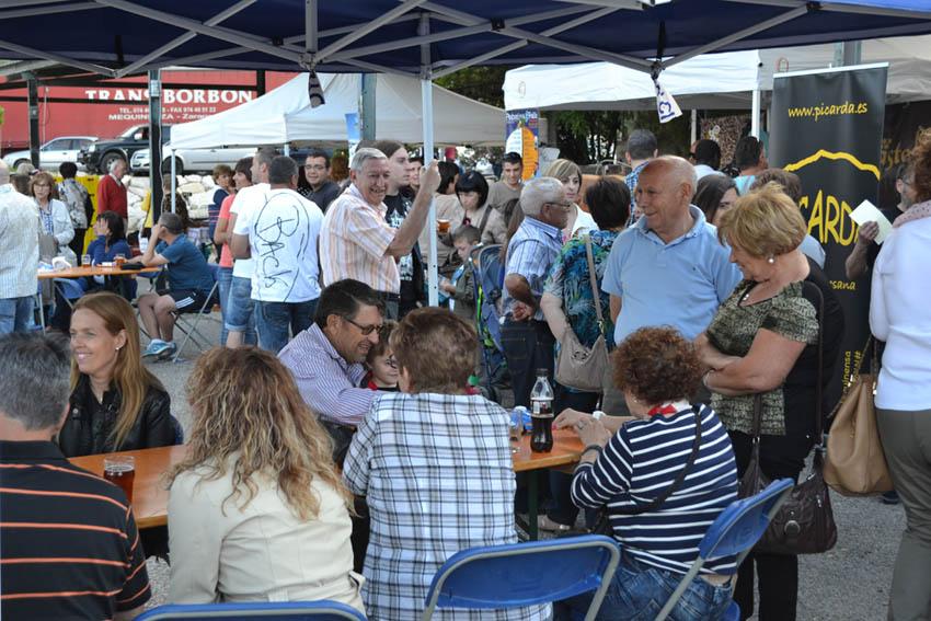 La IV Feria de la Cerveza Artesana y Productos Agroalimentarios de Mequinensa reúne 17 expositores en el recinto del Club Capri