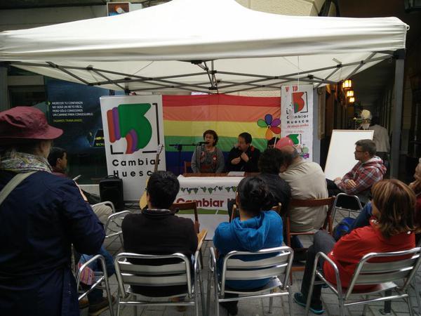 Cambiar Huesca defiende la igualdad y la diversidad sexual en sus actos de campaña