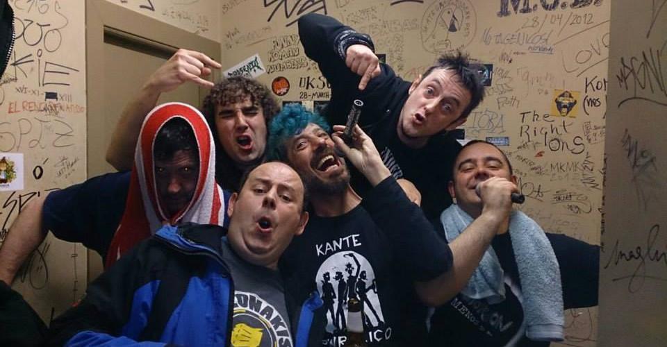 Manolo Kabezabolo y Distorsión celebran sus más de 30 años de punkrock