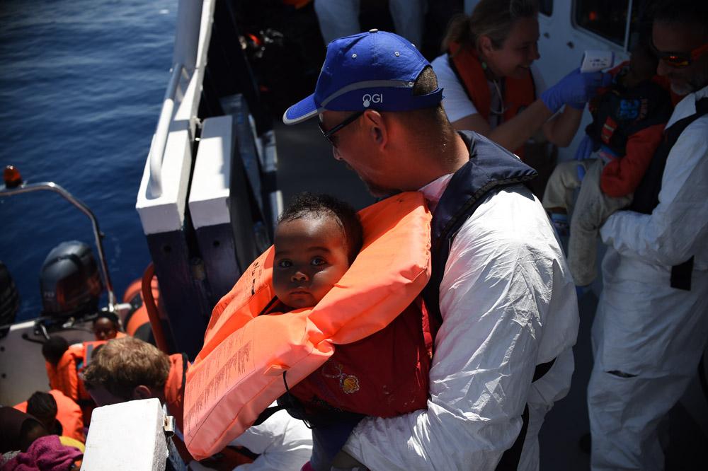 Crisis en el Mediterráneo: Balance de dos semanas de operaciones de rescate de MSF