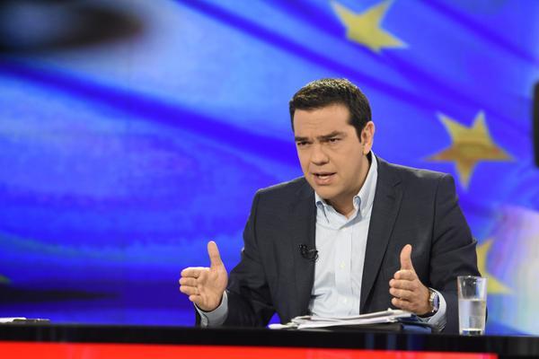Tsipras: «Vamos a sobrevivir y vamos a elegir nuestro futuro»