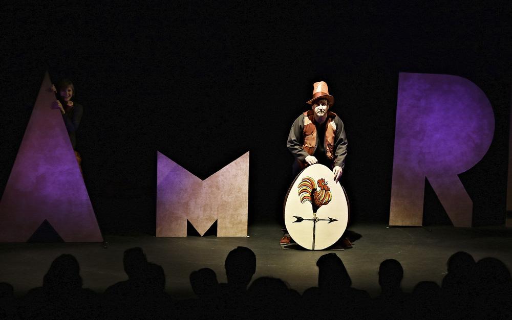 """Teatro Arbolé pone en escena su """"Amor de cuentos"""", fantasía y poesía para hacer sonreír al corazón"""