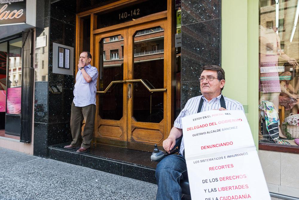 Sobreseída la causa contra Antonio Aramayona por manifestarse ante el domicilio de Gustavo Alcalde