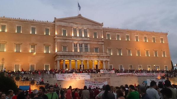 Bruselas afirma que la nueva propuesta de Atenas es una «buena base» para lograr un acuerdo