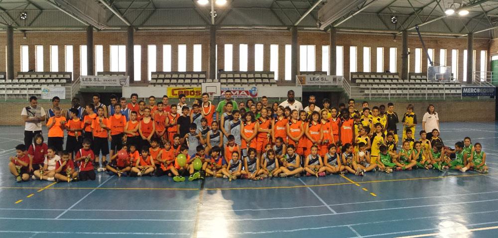 340 jugadores y jugadoras despiden la temporada de deportes escolar en el Cinca Baixa