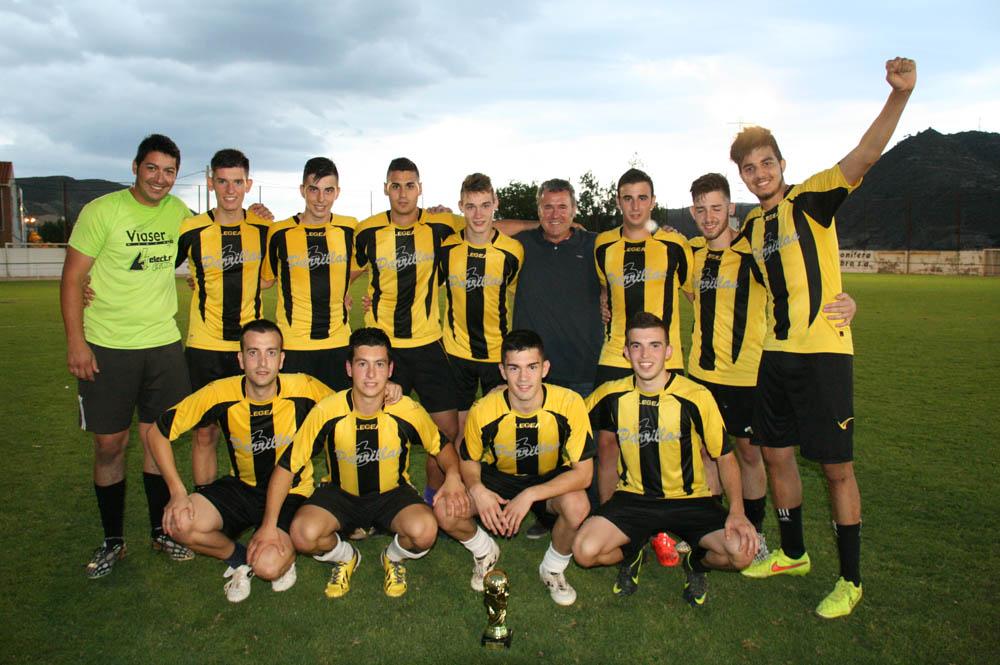 Bar 3 Parrillas revalida el título de campeón en el III Torneo Senior de Fútbol 7 de Mequinensa