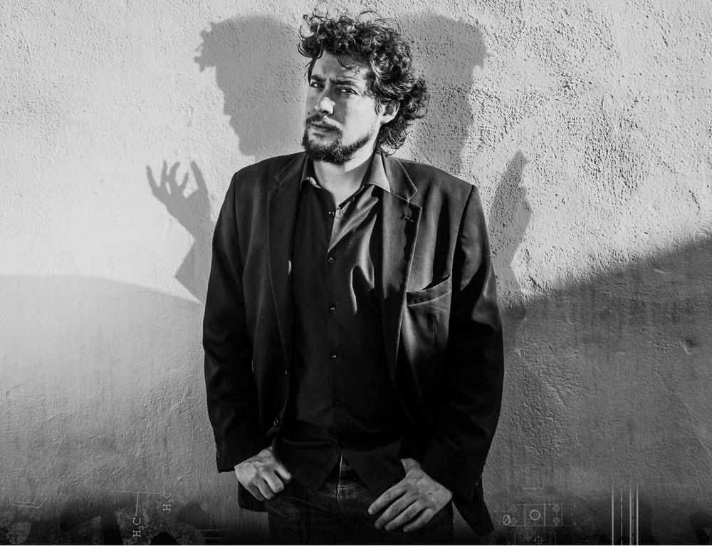 Deducción y mentalismo de la mano de Fernando Figueras en El Sótano Mágico