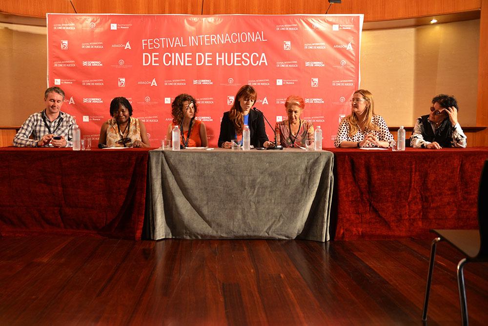 """""""Hole"""", """"Kalil"""" e """"If mama ain't happy, nobody's happy"""" se llevan los Premios Danzantes del 43 Festival Internacional de Cine de Uesca"""