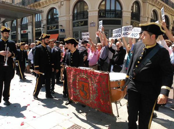 """MHUEL valora la presencia de cargos públicos en los actos de carácter religioso durante las """"Fiestas de Zaragoza"""""""