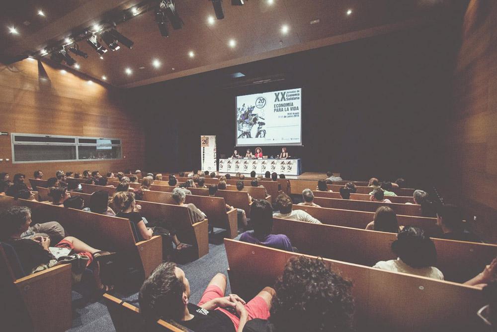 """El cine-fórum """"Finanzas para una sociedad más justa"""" da continuidad a las XX Jornadas de Economía Solidaria"""